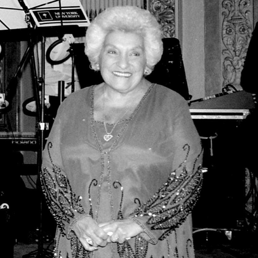 Joyce Flamos Fisfis